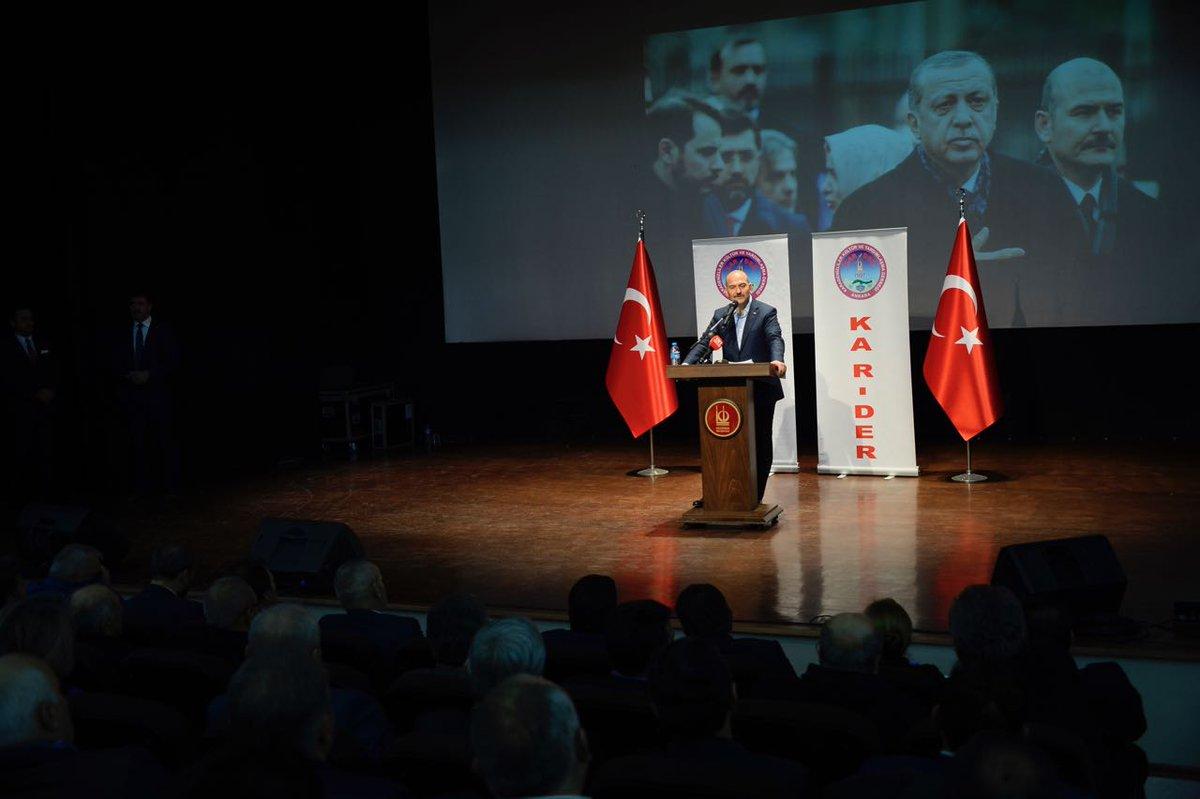 Biz Türkiye'ye, güçlü bir meclis ve darbelerden arındırılmış bir gelec...