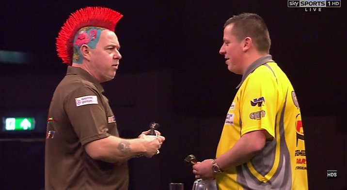 🐍 RESULT: Peter Wright remains at the top of the table after a 7-4 vic...