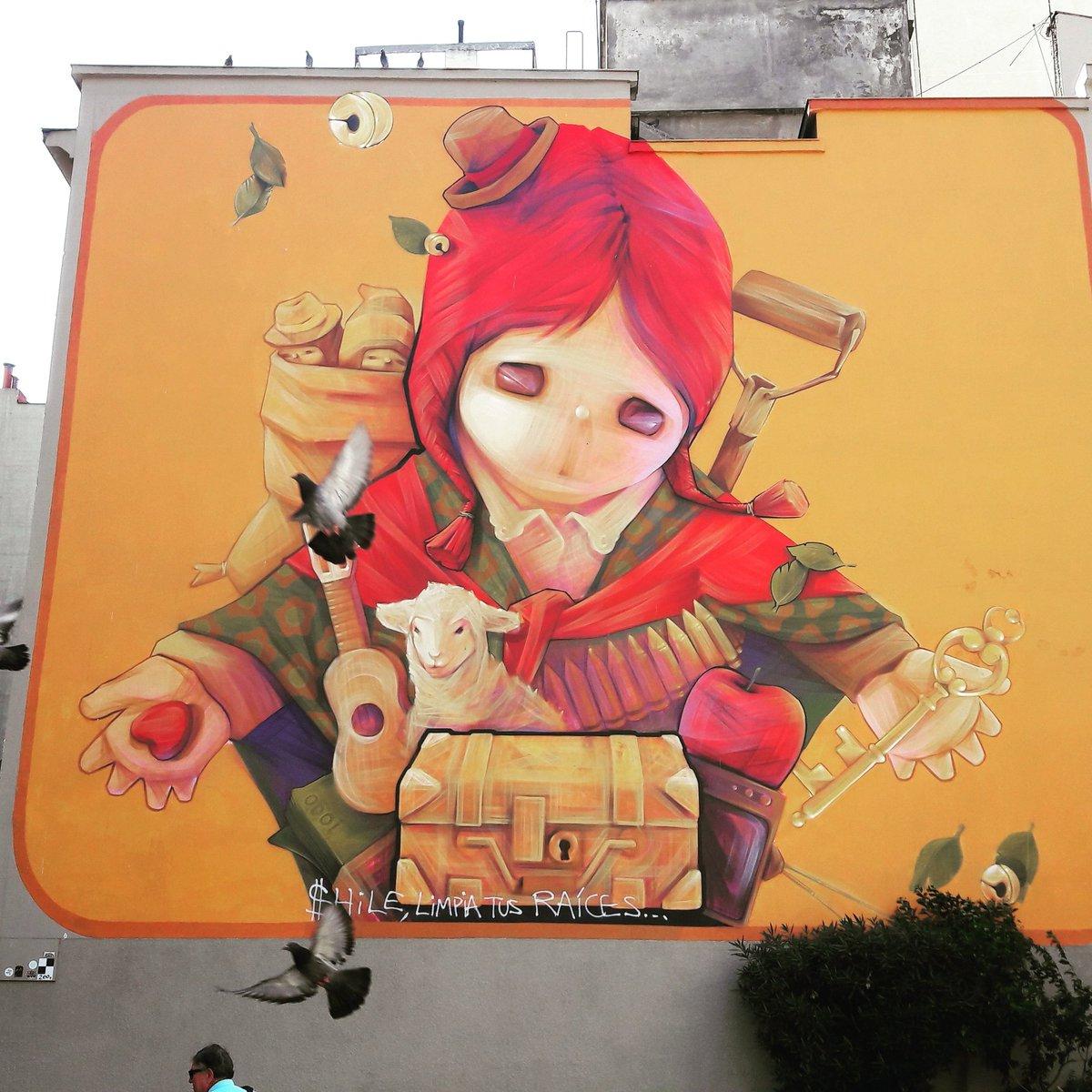 Canon ! Mur #inti  #chili #santiago à la sortie du métro.  #urbanart #arturbain #streetart #muralisme #streep #streepart<br>http://pic.twitter.com/Q7f1hROQDy