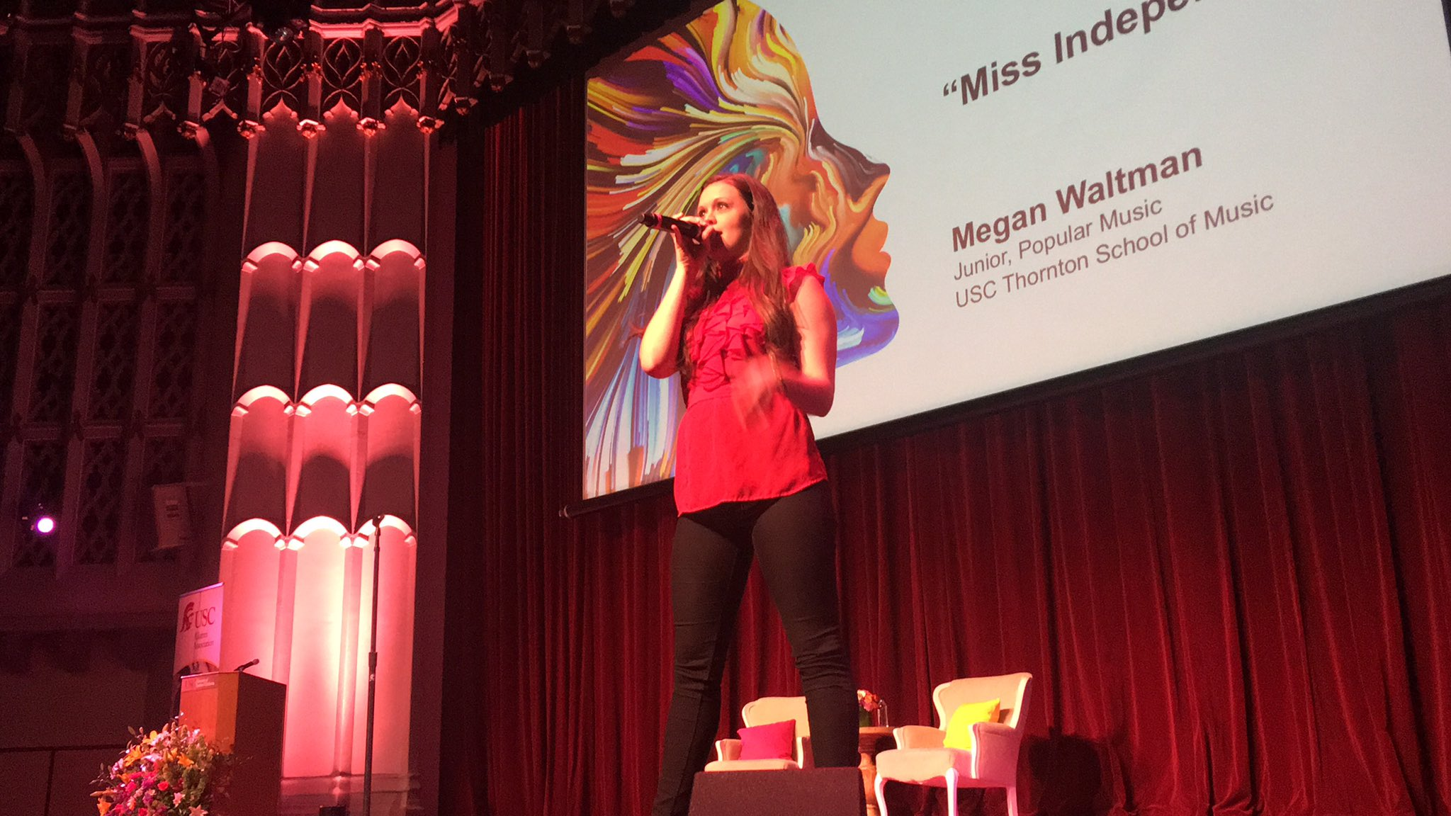 It's official, I want @USCThornton's Megan Waltman to be my karaoke partner. #USCWC https://t.co/FEHwdd8qWs
