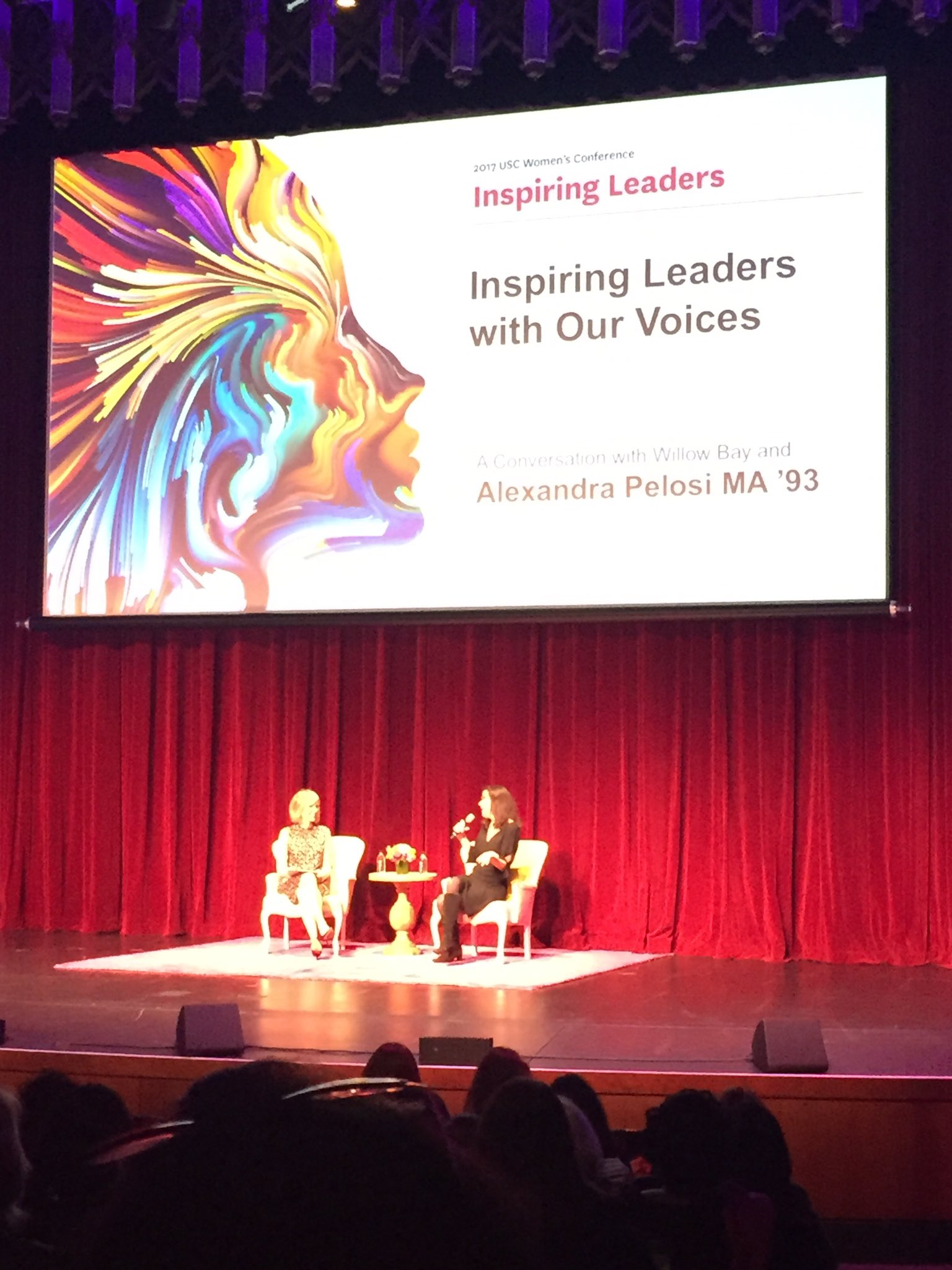 Wonderful day at the @USCAlumni Women's Conference #USCWC with the new 1st female dean of @USCAnnenberg @Willow_Bay! https://t.co/qBE7jylcW6
