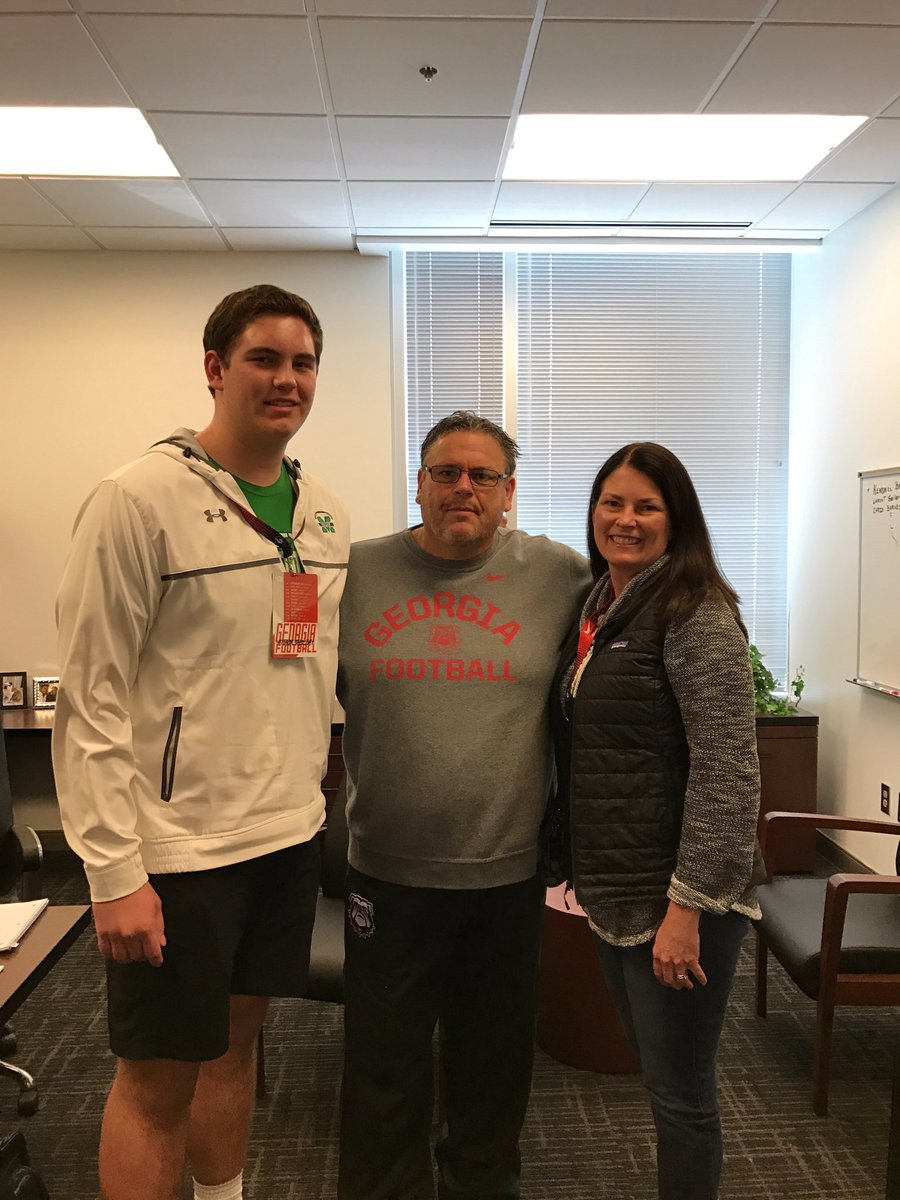 Owen Condon (left) with UGA O-line Coach Sam Pittman (middle) (Photo from Owen Condon/Twitter)