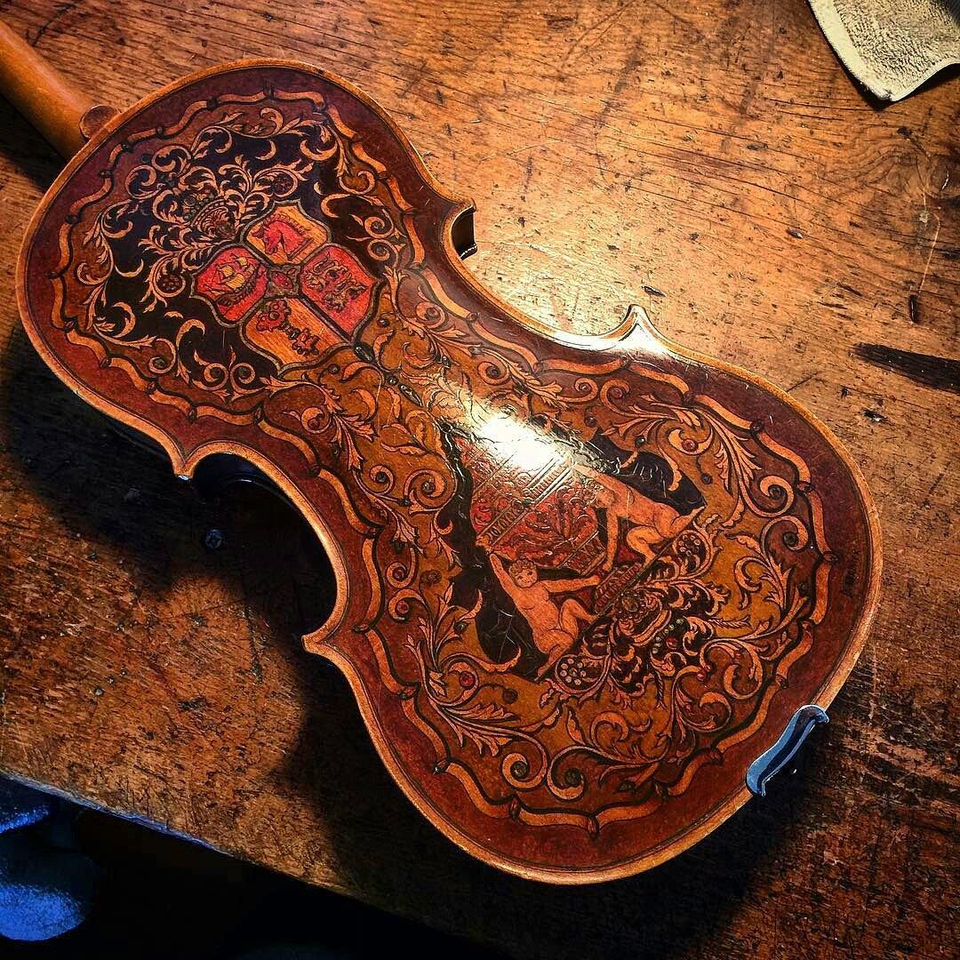 Beautifully decorated, German viola from the early 1900&#39;s. Follow to #QueenViolin ♕  -  http:// facebook.com/reginaviolino  &nbsp;  ! #violin #electricviolin <br>http://pic.twitter.com/GhKl6LcdIh