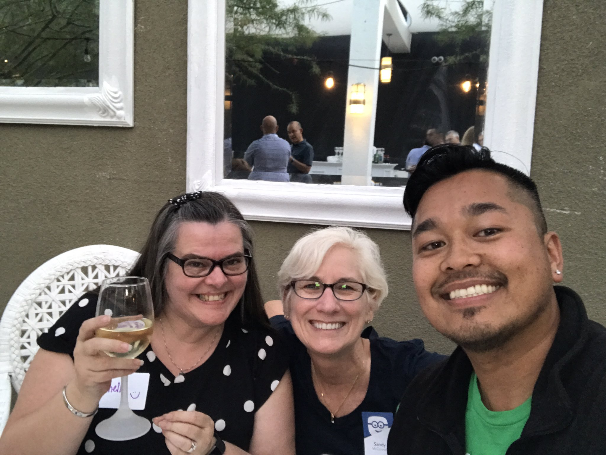 Great time with @Edmodo @sandramc59 @mtouceda cheers to new friends.  #FOMO https://t.co/5septqgKkE