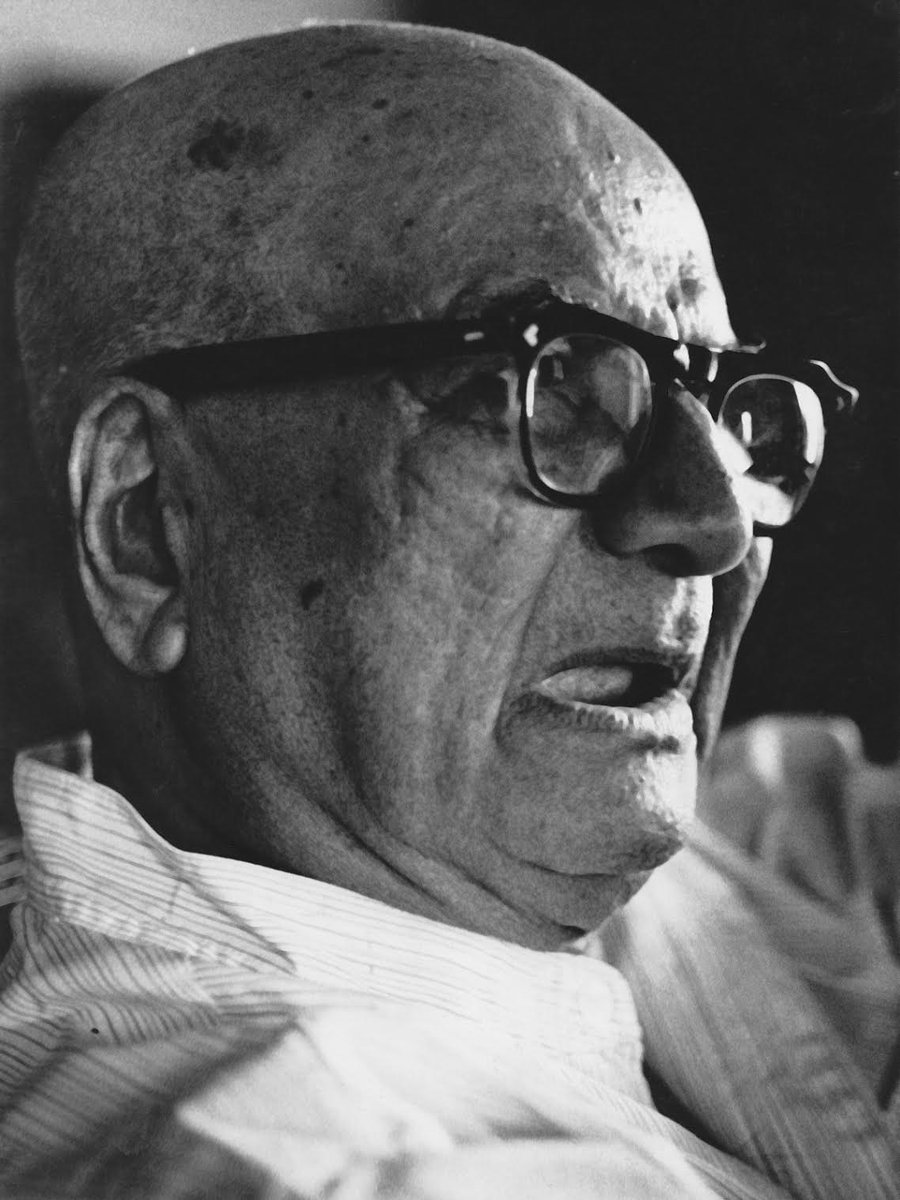 Bhyrappa fan page remembers Kannada Writer DVG on his birth anniversary