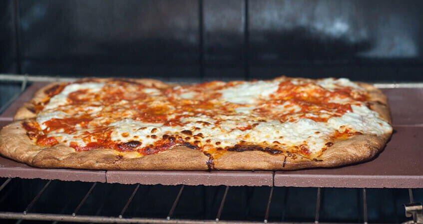 Рецепт сырной пиццы