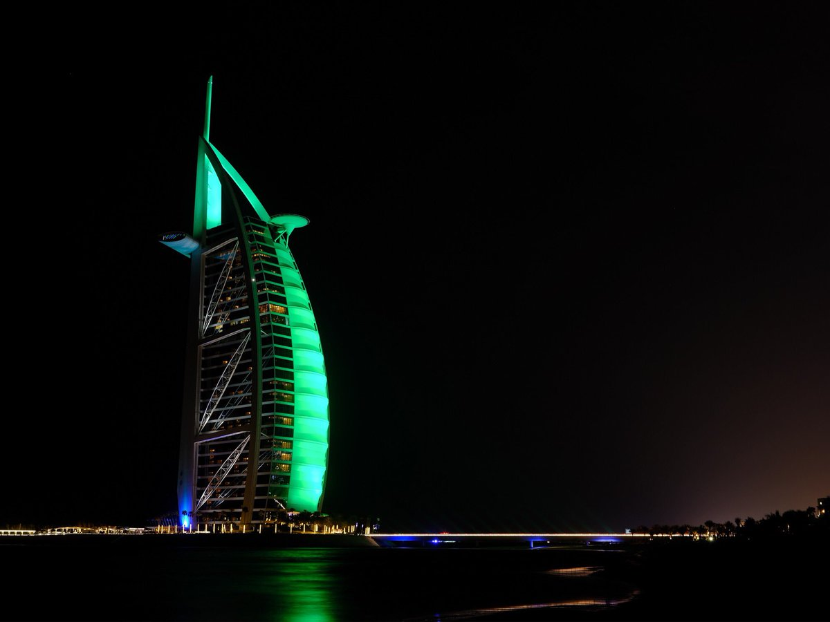The UAE Goes 'Green' for Ireland's National Day https://t.co/imMY5tIA4Y