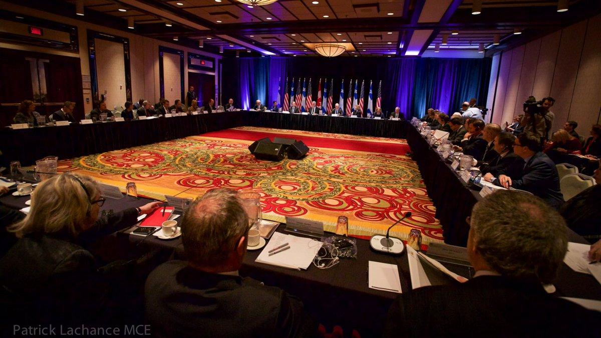 Table ronde #Québec- #États-Unis: pour augmenter nos échanges au bénéfice des travailleurs et entrepreneurs #QcUs @connect2canada <br>http://pic.twitter.com/LdMYYUZpBM