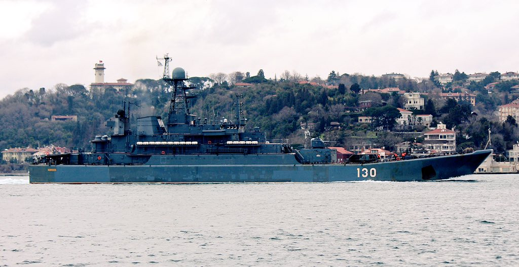 Heavily laden Ropucha class LSTM BF Korolev transits Med-bound Bosphorus en route to Tartus for its 4th Syria deployment in 2017