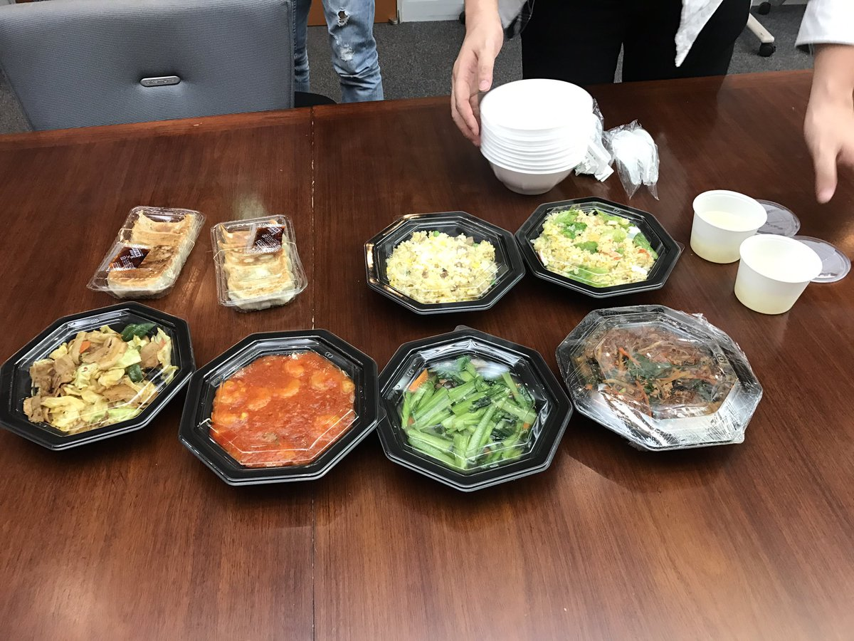 本番前にみんなで中華を食べました。 #ykann