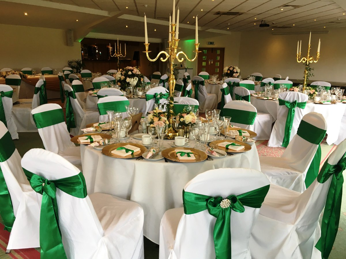 Greetham Valley On Twitter Such A Gloriously Ont Gold And Emerald Green Themed Wedding For Rose Jan Today Greethamvalley Nod To