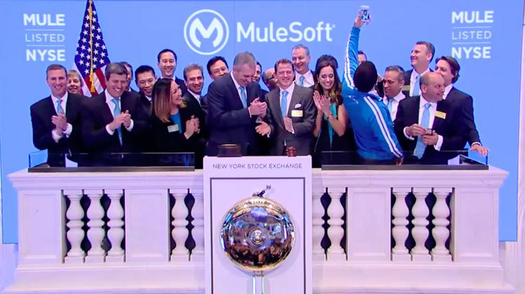 Thanks to our @MuleSoft team, customers, partners & developer community that helped get us here! https://t.co/DdloxPBcku