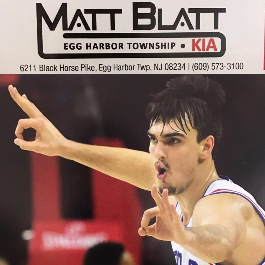 """Heading back to hang with the @mattblattkia family TOMORROW, MARCH 18th at 3:30PM. Come spend your Saturday with """"The Homie"""" 😎 https://t.co/VtqbToh9sz"""