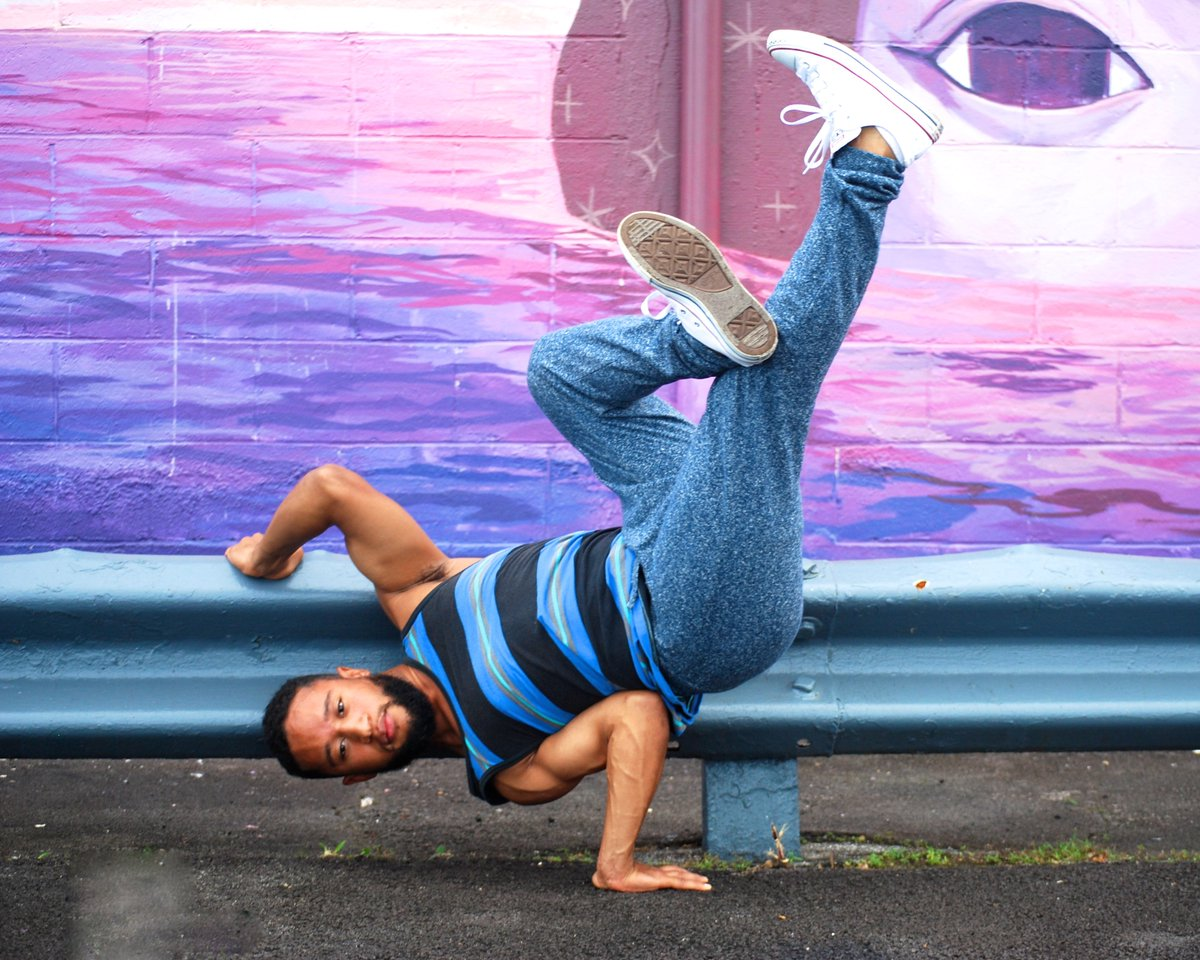 love collaborating w/ other #creative peeps! #bboy Maxx testing out the #hemp #organiccotton #joggers ! #dance #Breakdance #hiphop #hawaii<br>http://pic.twitter.com/K086GpYm1y