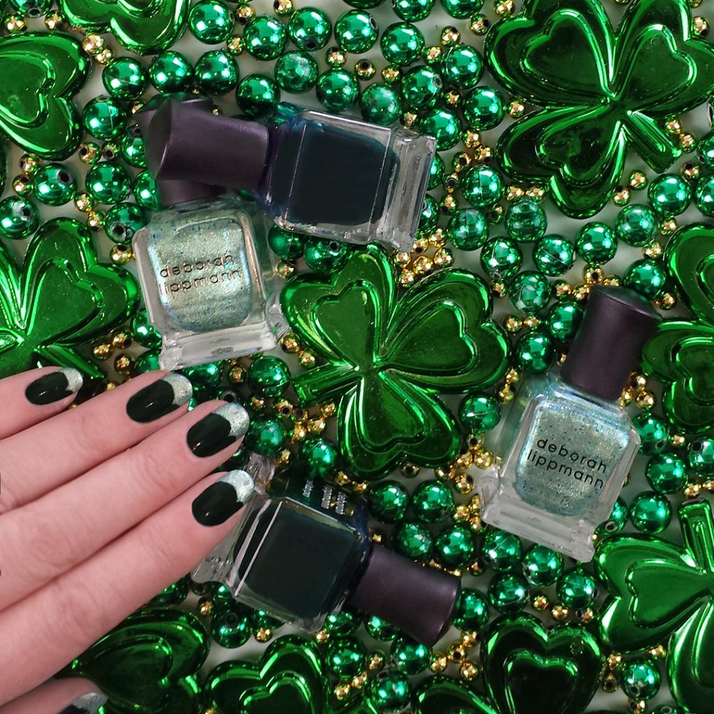 Need something green to wear in a pinch? Coat on a festive manicure with...  http:// ln.is/wzwLX  &nbsp;   by #Sephora via @c0nvey<br>http://pic.twitter.com/BQafYN1Nva