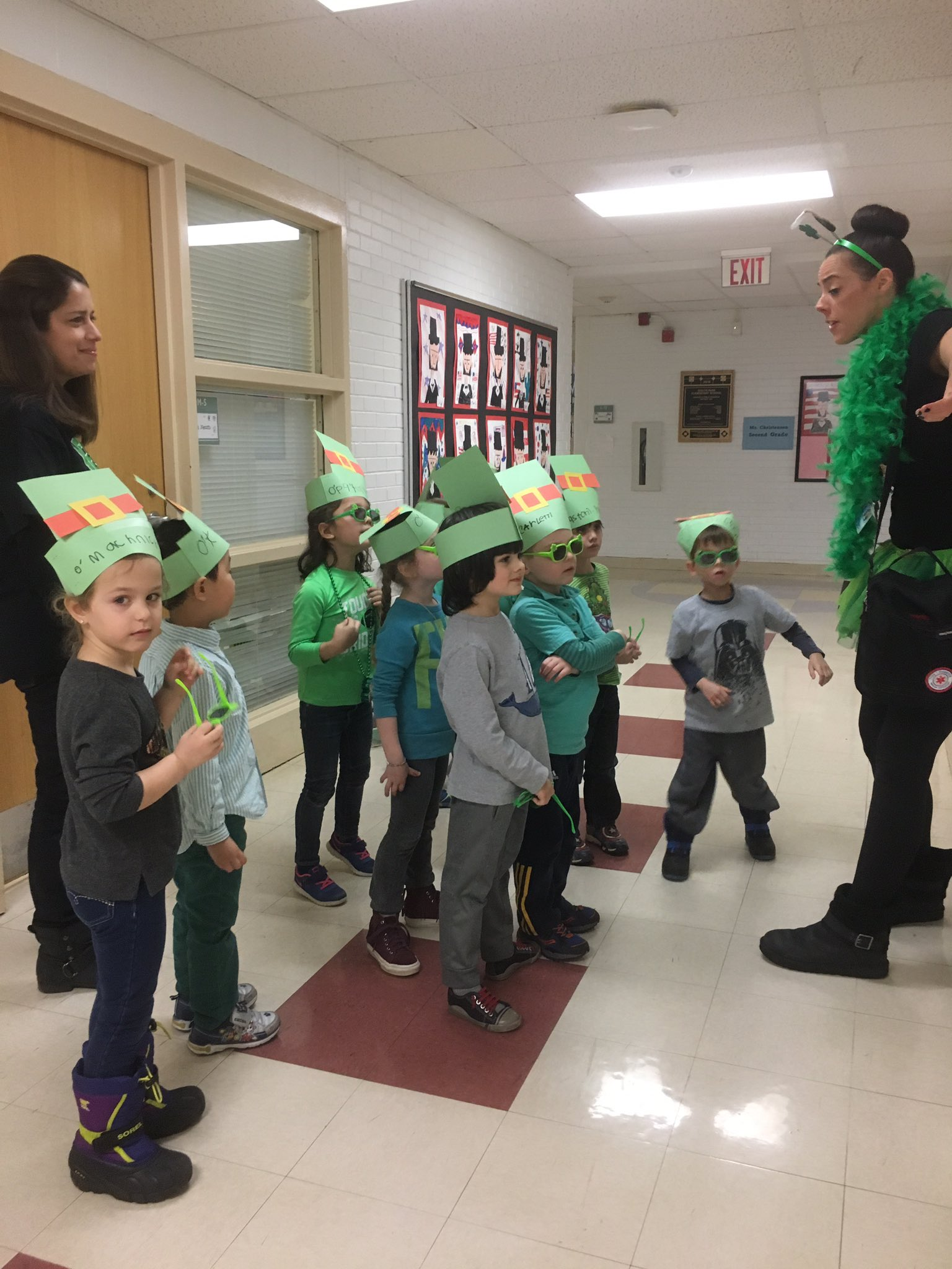 """I'm so excited I'm shaking!"" Said a preschooler searching for leprechauns! @Karmstrong109 #hh109 #engage109 #sp109 https://t.co/VpjYKWFDFe"