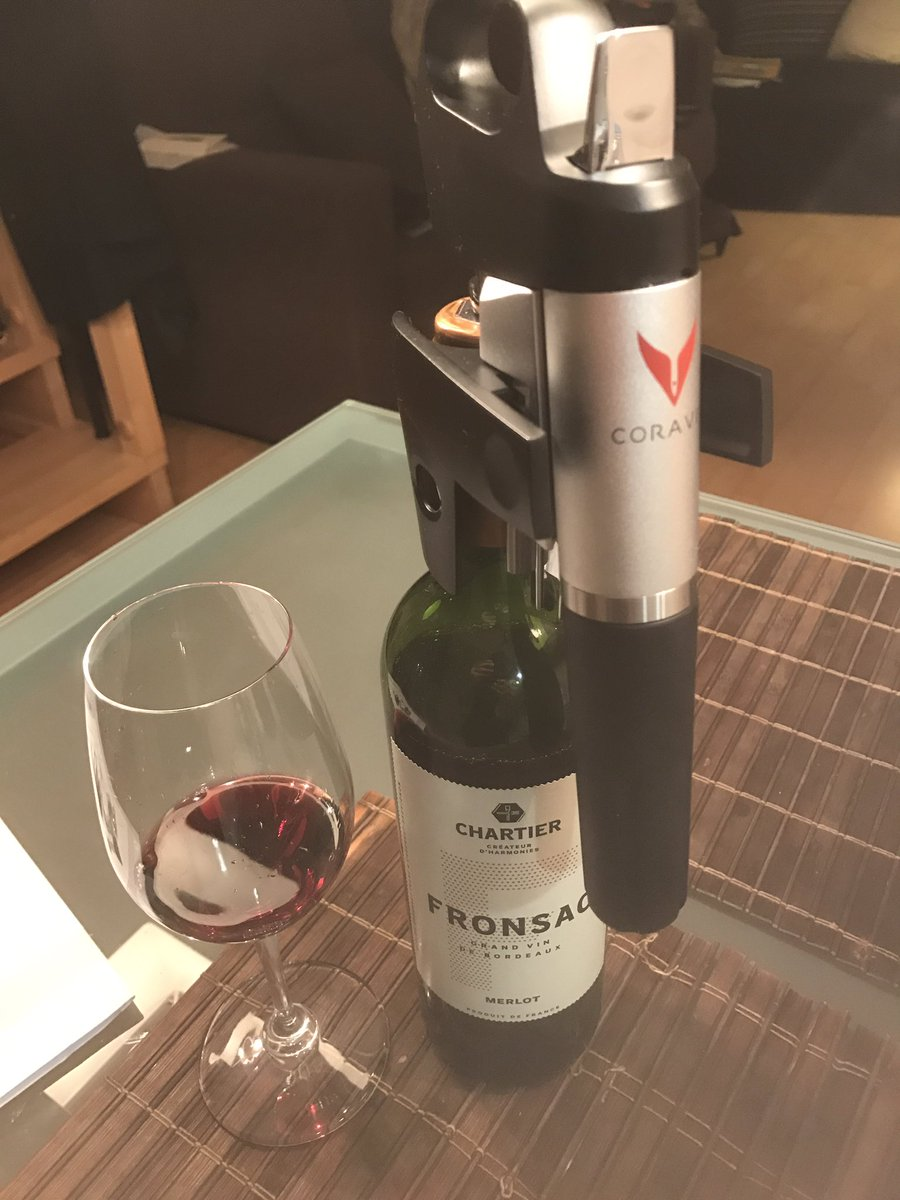 @coravin and Bordeaux Fronsac Chartier 2012 @saqcellier , great match! #Coravin #Bordeaux #Fronsac #Chartier @trialtoqc @trialtoab<br>http://pic.twitter.com/DWFl7WImnq