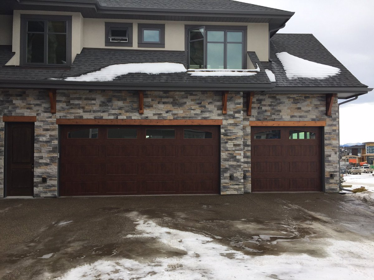 Clopay modern steel collection garage doors for Clopay steel garage doors