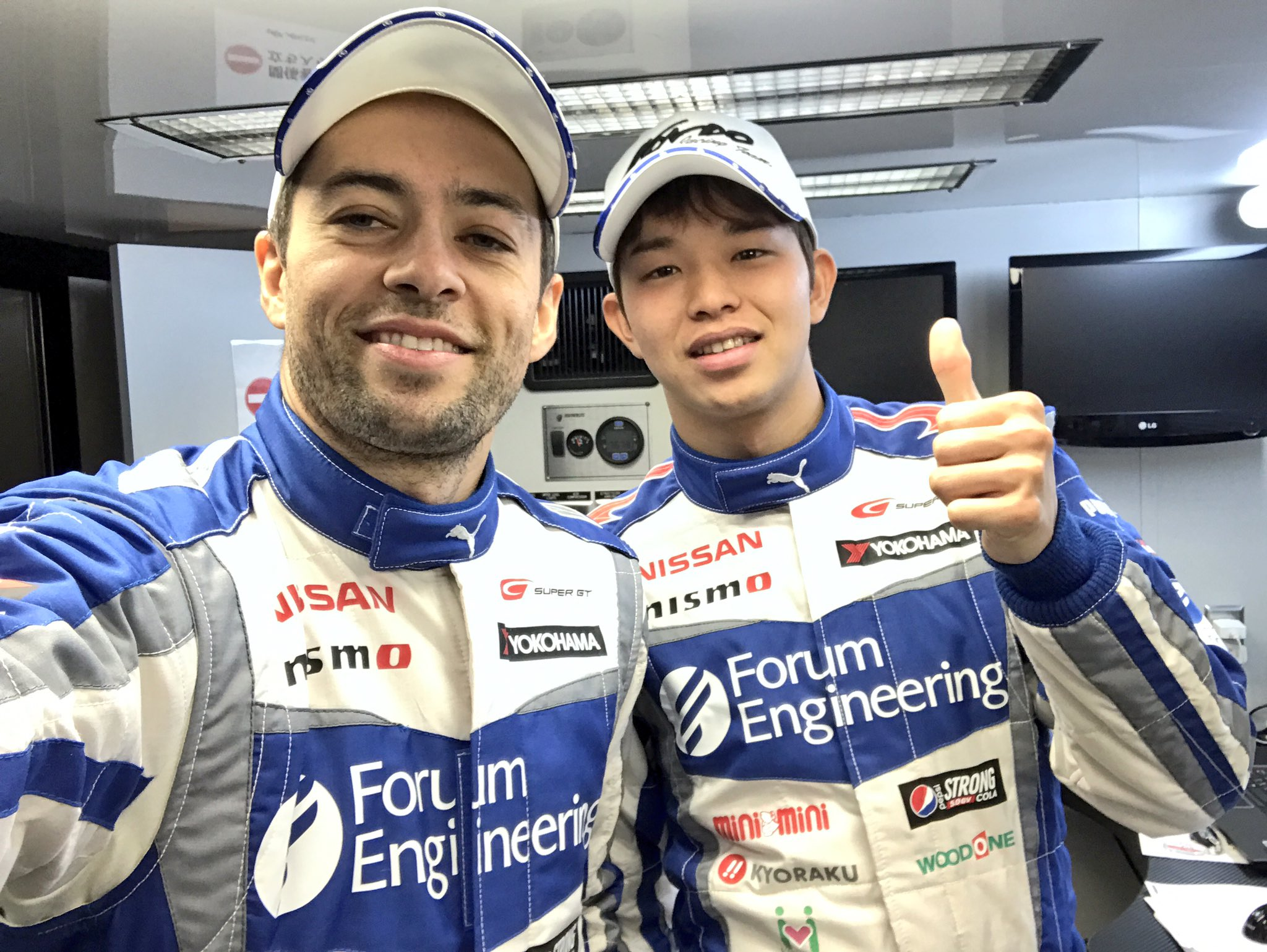 #24 #SuperGT https://t.co/5hCFggpB0n