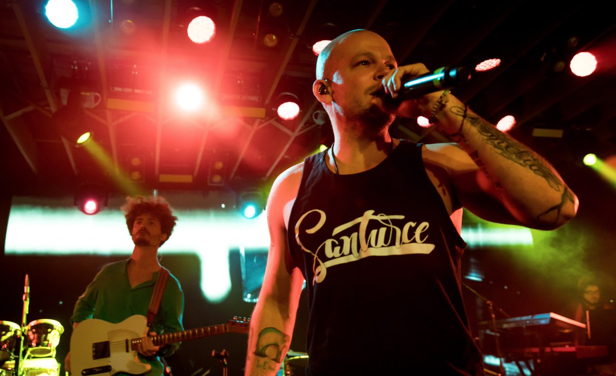 24 Latin Grammy awards later and @Residente still finds time to shine...