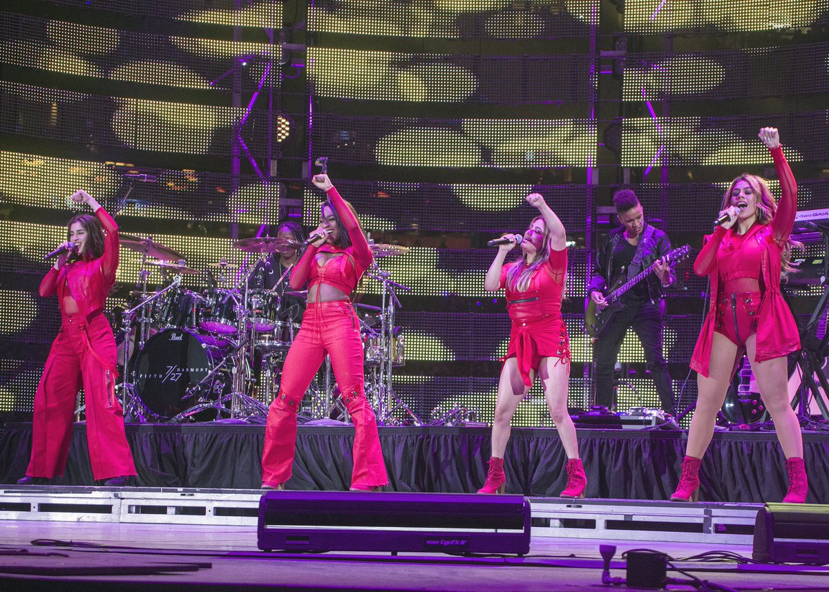 64,006 in paid-rodeo attendance for @FifthHarmony's debut at #RODEOHOUSTON! https://t.co/ySmQ3Pi4zz