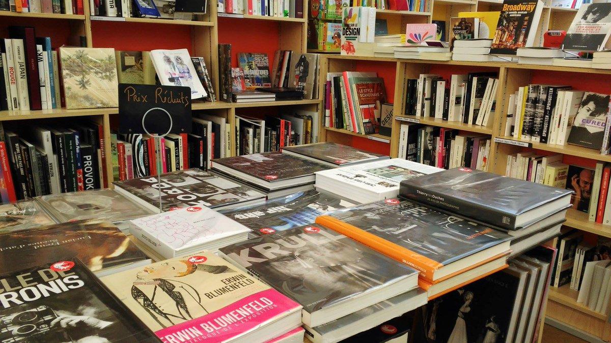 En ce moment, au rayon BEAUX-ARTS, quelques livres à prix réduits ! #SOLDES <br>http://pic.twitter.com/XE9iFBfaXh