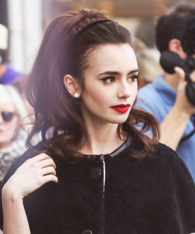 Happy birthday to my queen Lily Collins