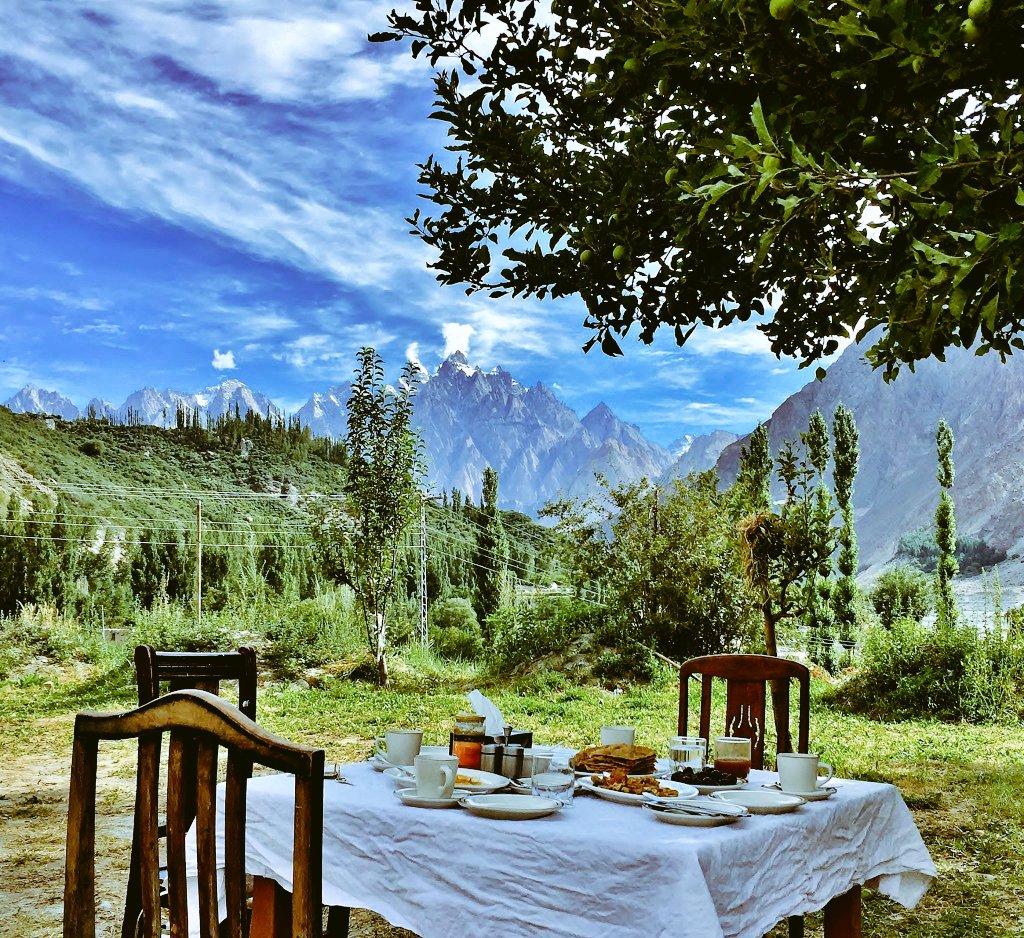 #Goodmorning☕🍪 #BeautifulPakistan  #Gulmit , #UpperHunza #GilgitBaltistan  #Pakistan https://t.co/Sij5aB5BhJ
