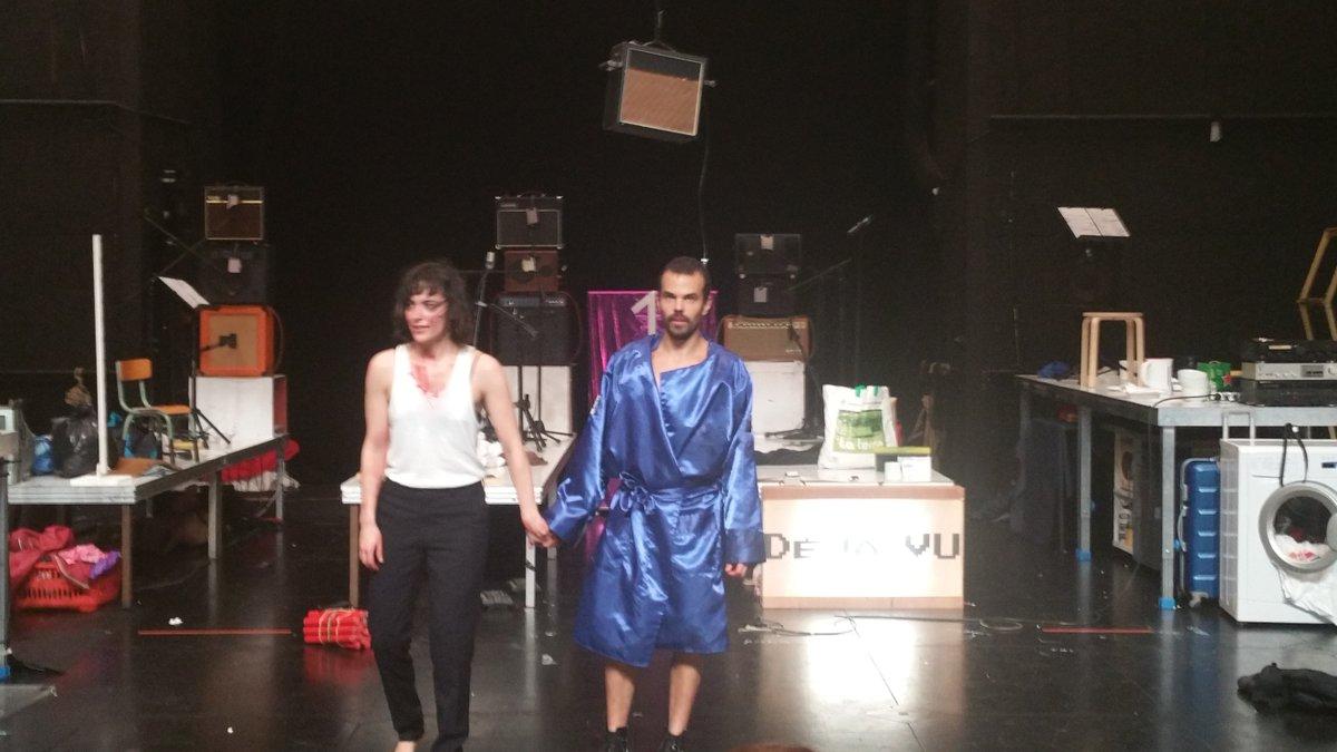 Vimala Pons &amp; Tsirihaka Harrivel déballent dans #Grande le cirque de la vie conjugale. Spectacle barré mais totalement jubilatoire @leprato<br>http://pic.twitter.com/VxslkbUgG8