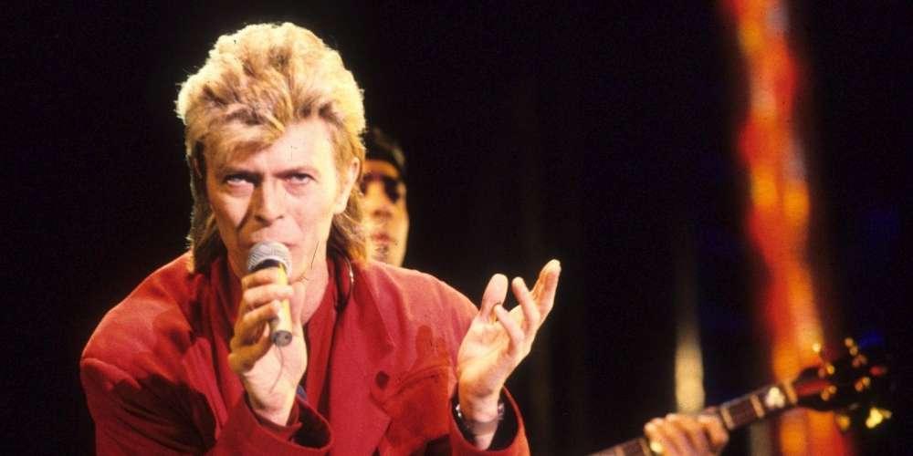 @SilenzioSabrina @przypadek40 @Patri_f38 @NathanAdler13 @BBbambirose @BowieBerlin . #DavidBowie en concert à Toulouse 1987.☇☇☇☇ <br>http://pic.twitter.com/F8IlAvRoPM