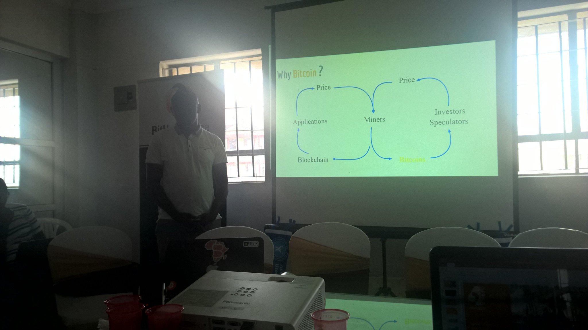 How bitcoins work with @BitHubAfrica #NyamaNaBitcoin https://t.co/fDX8b9yev3