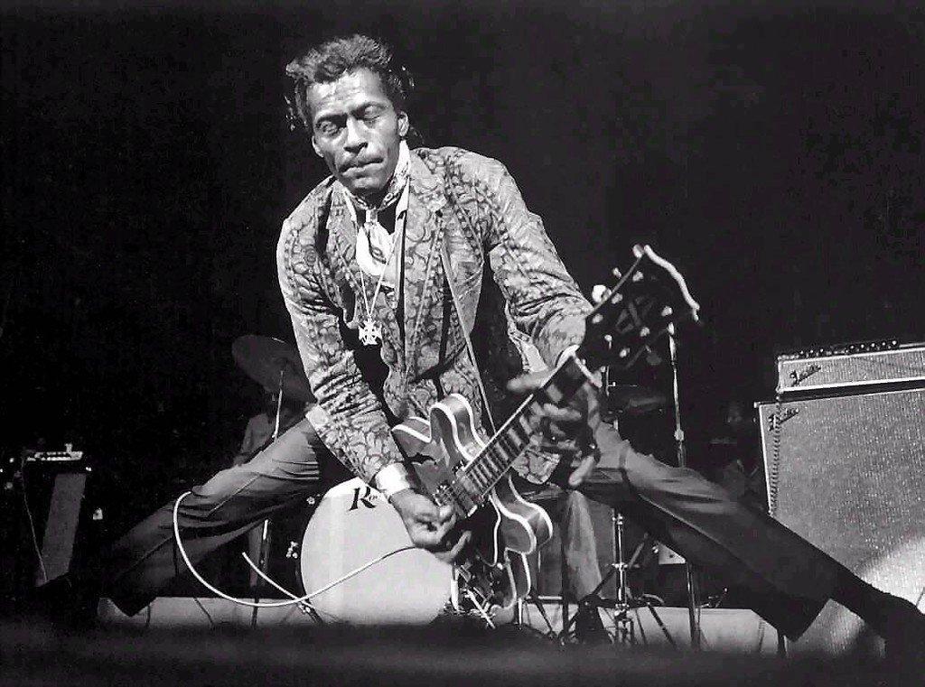 RIP Chuck Berry. https://t.co/JgBt5mob1d https://t.co/qHQtZba9sH