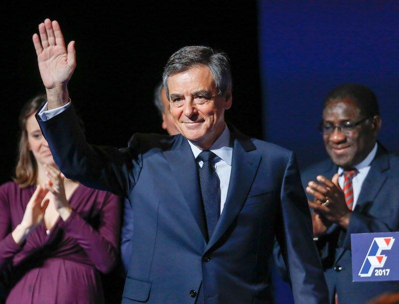 test Twitter Media - François #Fillon maintient son cap, par @BaertAurelie  > https://t.co/hGcf5Lgv7s https://t.co/aSaSuKvHOq