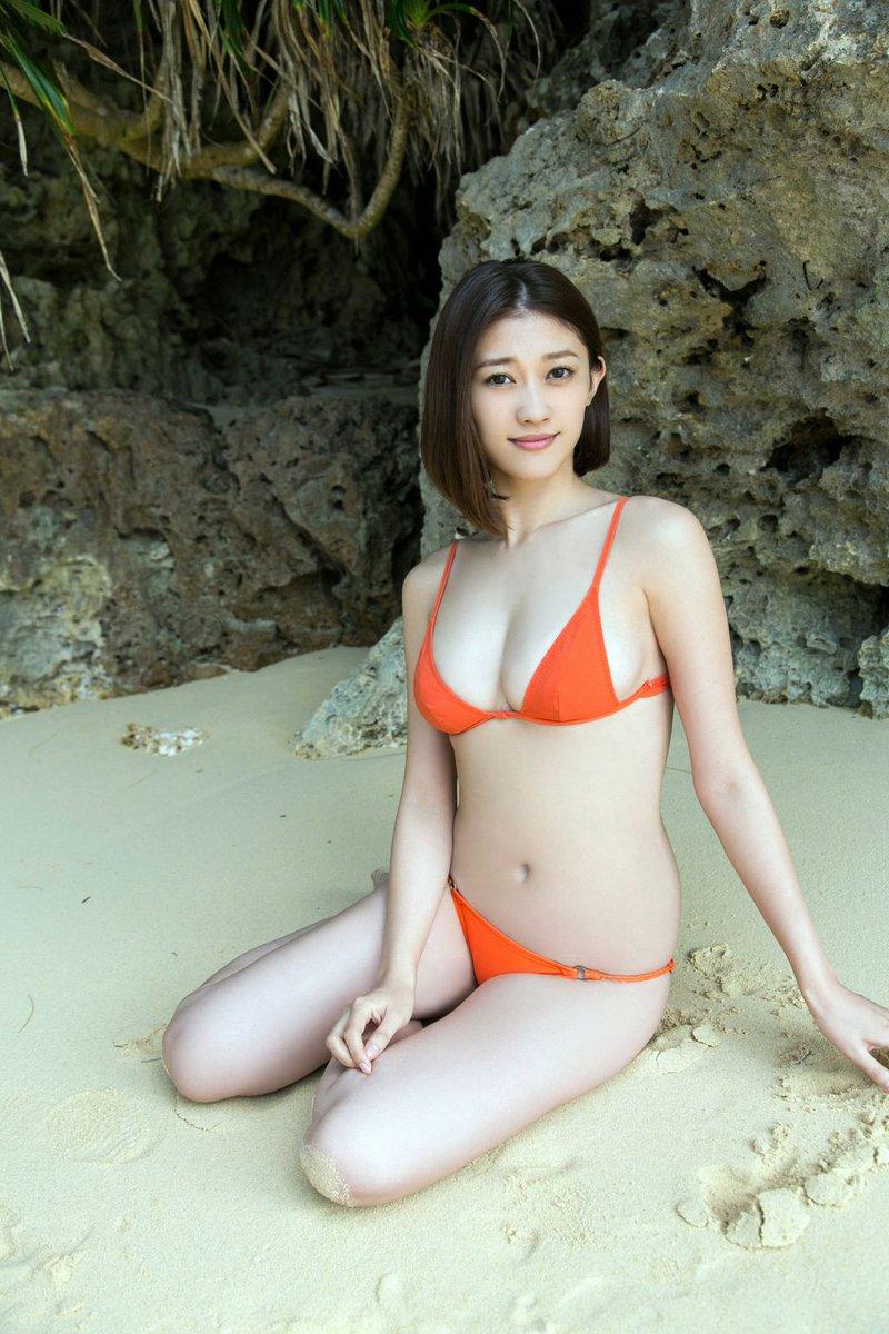 Mikie Hara Nude Photos 58