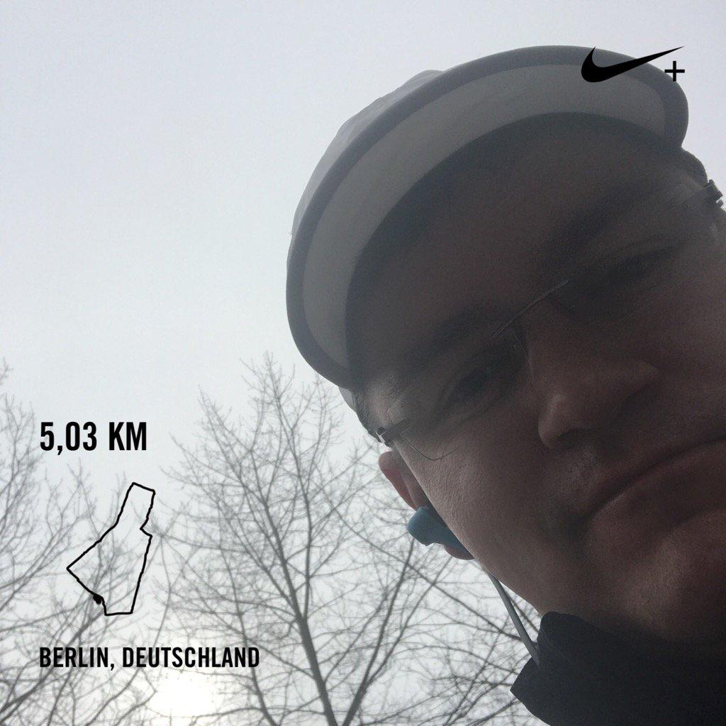 #Moin #Berlin! 9 Uhr, perfektes #Wetter für eine kleine Runde. #Run #Sport #Laufen #Gesundheit @MarkMaslow  #DRNBLBR<br>http://pic.twitter.com/WO372WD0ZZ