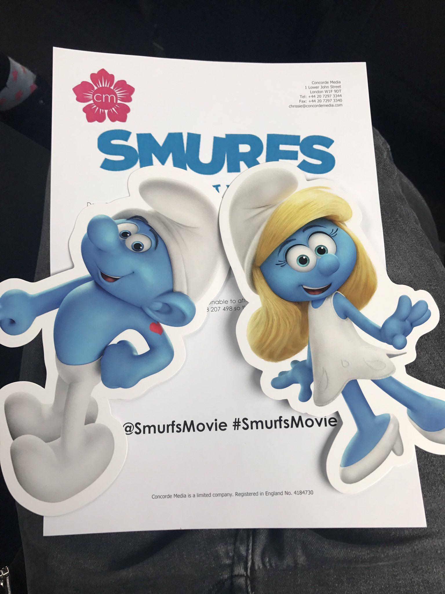 On our way to @SmurfsMovie premiere #SmurfsMovie - Daddy Daughter red carpet Date ❤️💙 https://t.co/qFLdbGYwSe