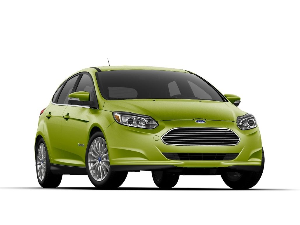 2018 Ford Focus Electric Has New Color Outrageous Green Metallic Its Range Of 115 Miles Starting Price 29 120 Ev Testmile Twitter