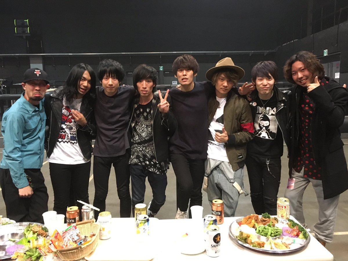 JAPAN'S NEXT TURBO! ありがとうございました! やっぱ日本っていいね!笑  最後にドラマーと撮ったよー_(:3 」∠)_