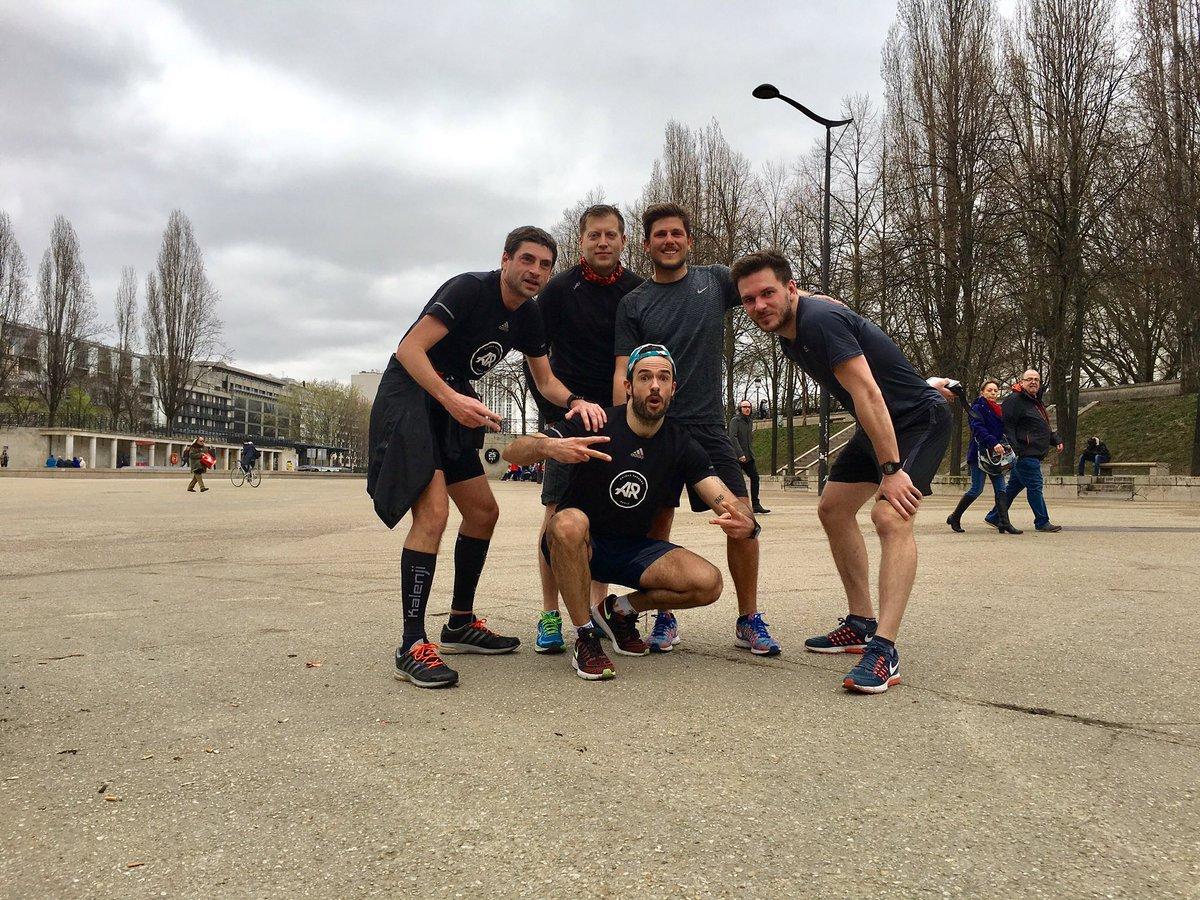 Sortie longue Avec les jojos  30k easy  Team @AR_Jaures #whyirunjaures #run #running #adidas #adidasrunning #whyirunparis #courseapied<br>http://pic.twitter.com/vlp6Rk3InC