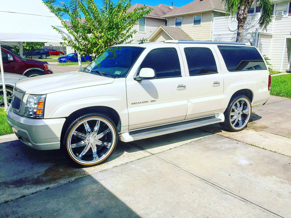 vogue tyre on twitter submissionsunday 2004 cadillac escalade esv on 24 vogues owner rob harding vogues owner rob harding