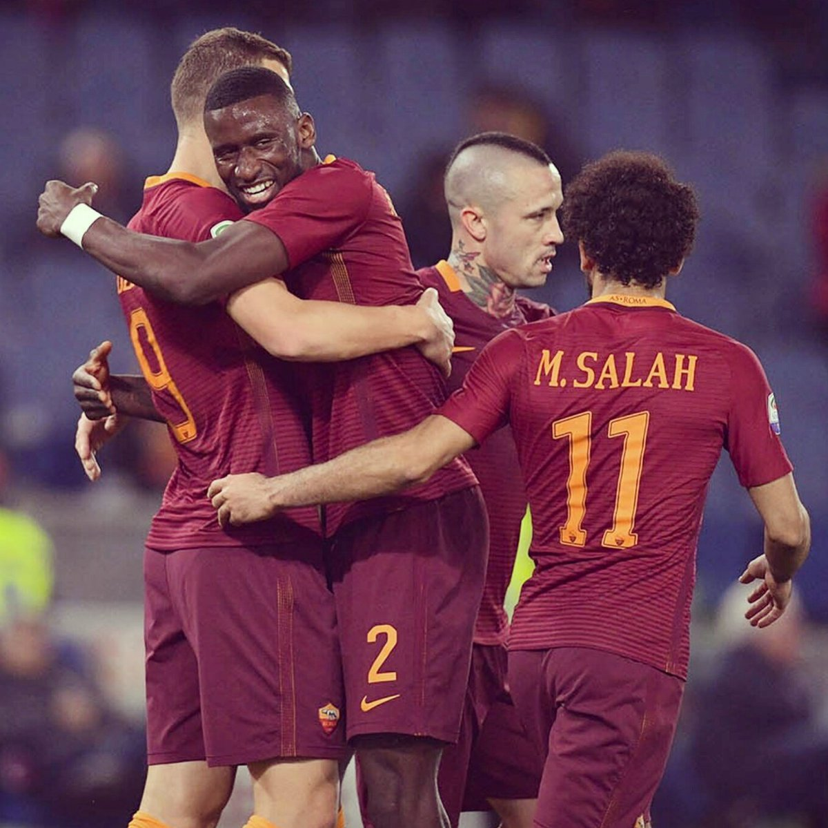 Exactly what we needed: 3 points 🙏🏽 #Hustle #DajeRoma #RomaSassuolo