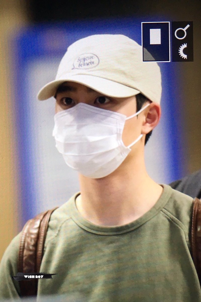 {#EXOPreview} 170320 : #Kyungsoo @ ICN Airport back from Malaysia (cr.wish boy)pic.twitter.com/M58FmWZ8yS
