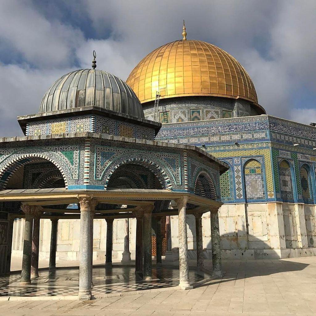 Skalní dóm #domeoftherock #jerusalem #israel #holyland #holiday #roadtrip  http:// ift.tt/2mjAbyY  &nbsp;  <br>http://pic.twitter.com/S41xqA7AmB