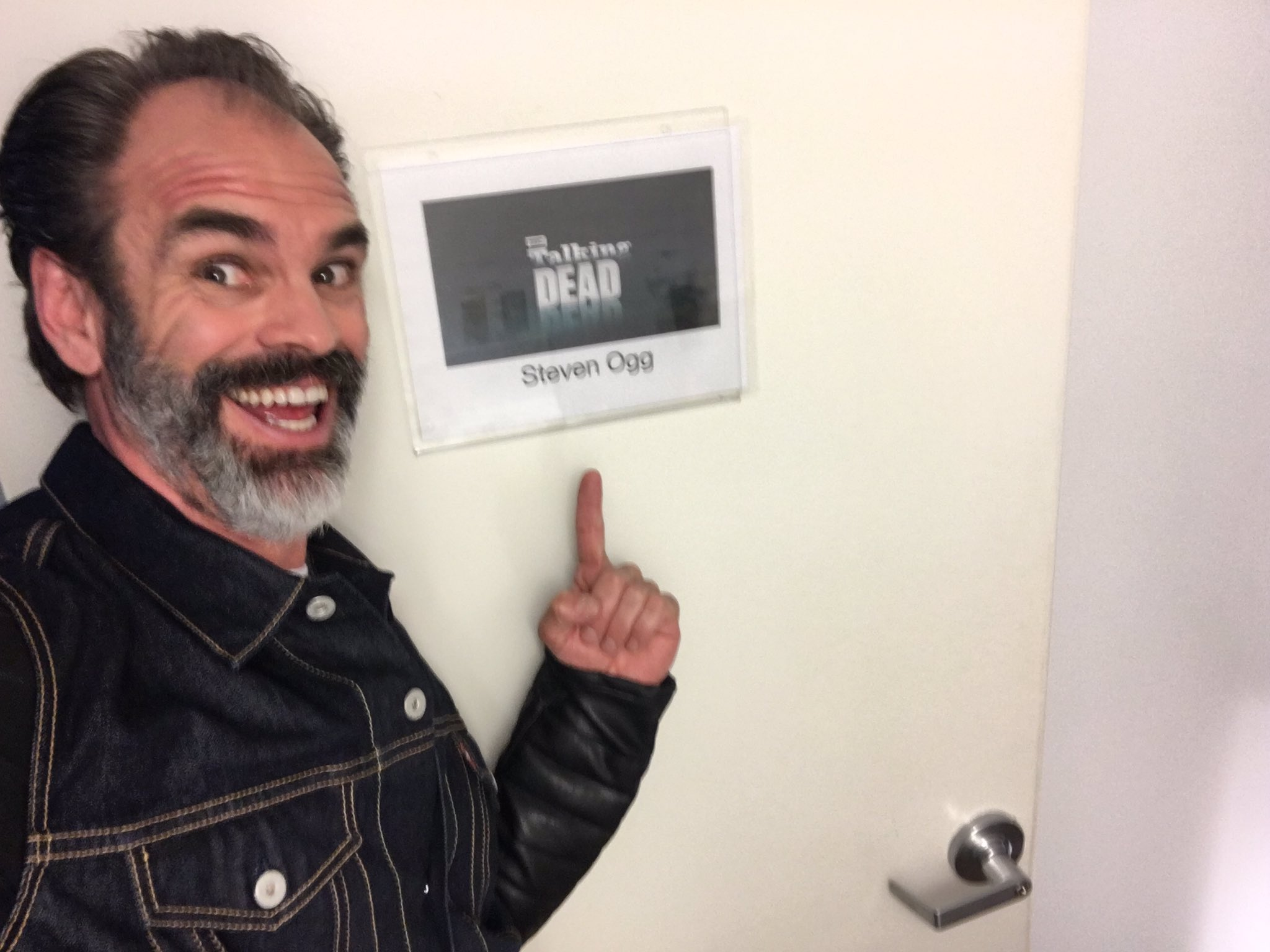 steven ogg on twitter   u0026quot and it u0026 39 s happening