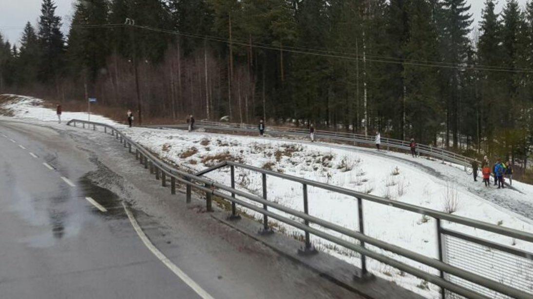 フィンランド バス停