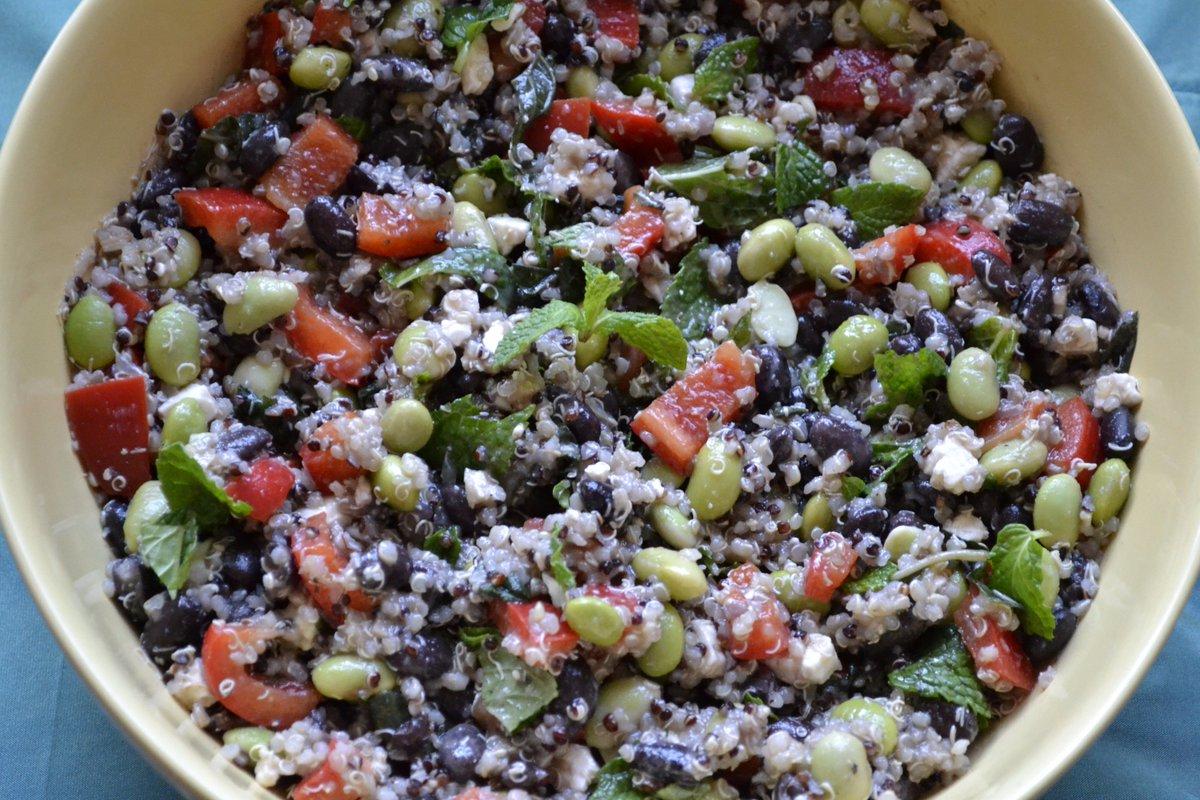 Quinoa #Salad w/ Black Beans & Edamame https://t.co/1s99xMX2Jg #Me...