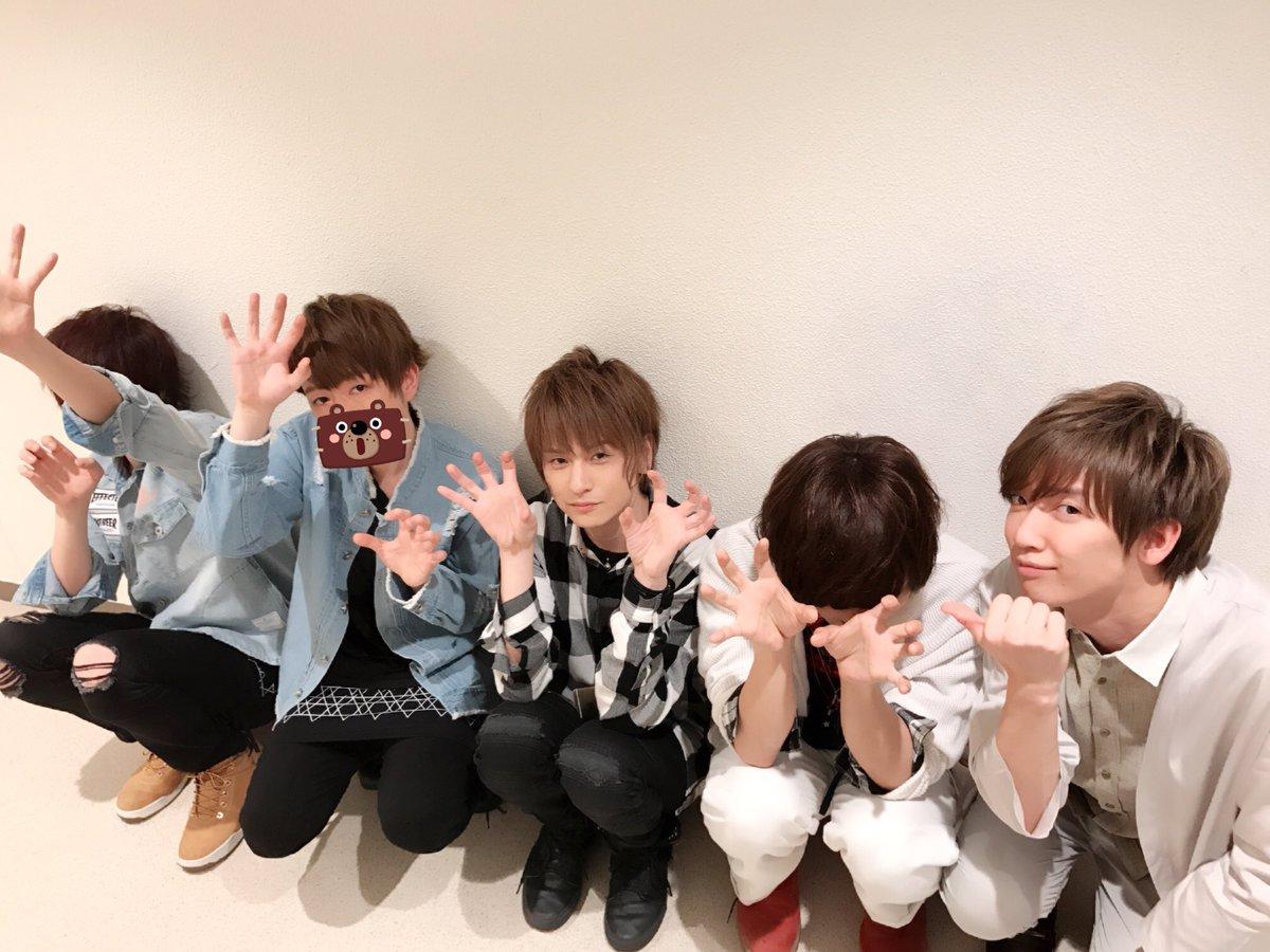 ハニワパーティ大阪ありがとうございましたー!!!(๑>◡<๑)  うらさか組は明日お仕事があるのでお先に撤収  大阪観光したかったァァァァ! 来てくれた方ありがとうございました!  うらさかあまTめろちんさん! げろろろろろさん楽屋から消えた