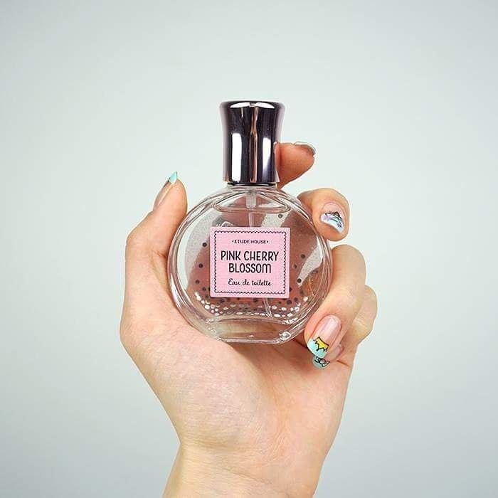 • Etude pink cherry blossom eau de toilette • 30ml.  ราคา 650.- #พร้อมส่ง  #etudehouse #perfume #howboutdat #พื้นที่ขายของ  #mtk_shopp<br>http://pic.twitter.com/KnoVKwR4rL