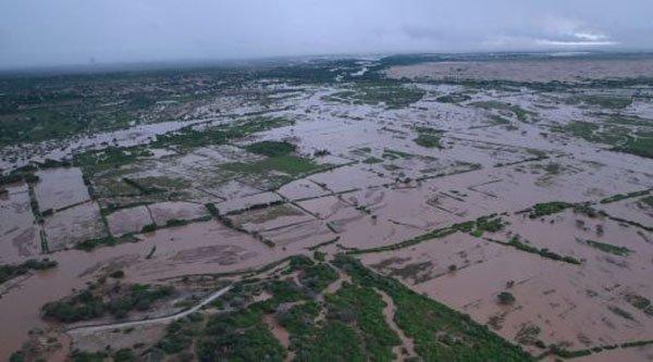 ¿Cuánto vale cada #hectárea inundada por las #lluvias en el norte del #Perú? ► https://t.co/iE3LZF2gOr #Tumbes #Arroz #banano #huaico #Piura https://t.co/M1CrH5Rc1A