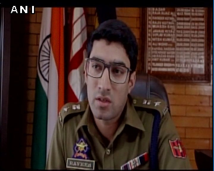 30-35 groups involved in creating panic by circulating fake news to instigate people have been identified. 65 people called for enquiry: SSP Pulwama, J&K